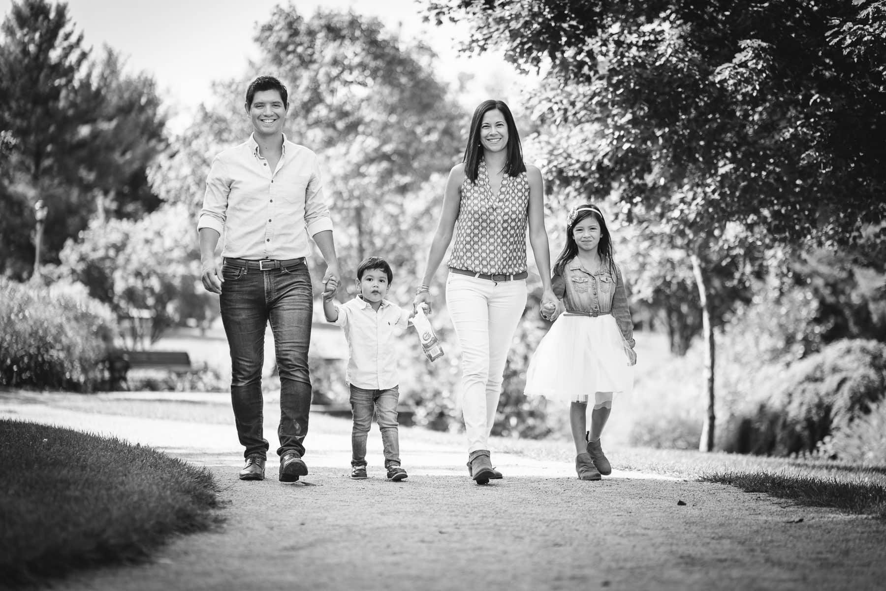 Familienfotograf Lörrach Freiburg Familie läuft