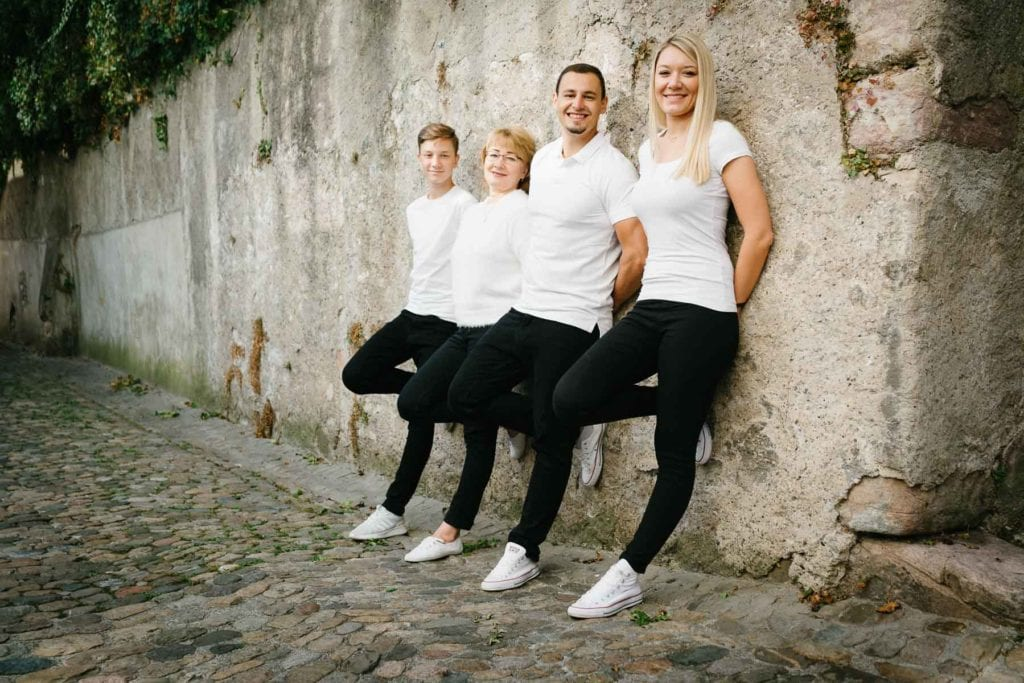 Familienfotograf Lörrach Freiburg Basel Familie Kinder mit Mutter